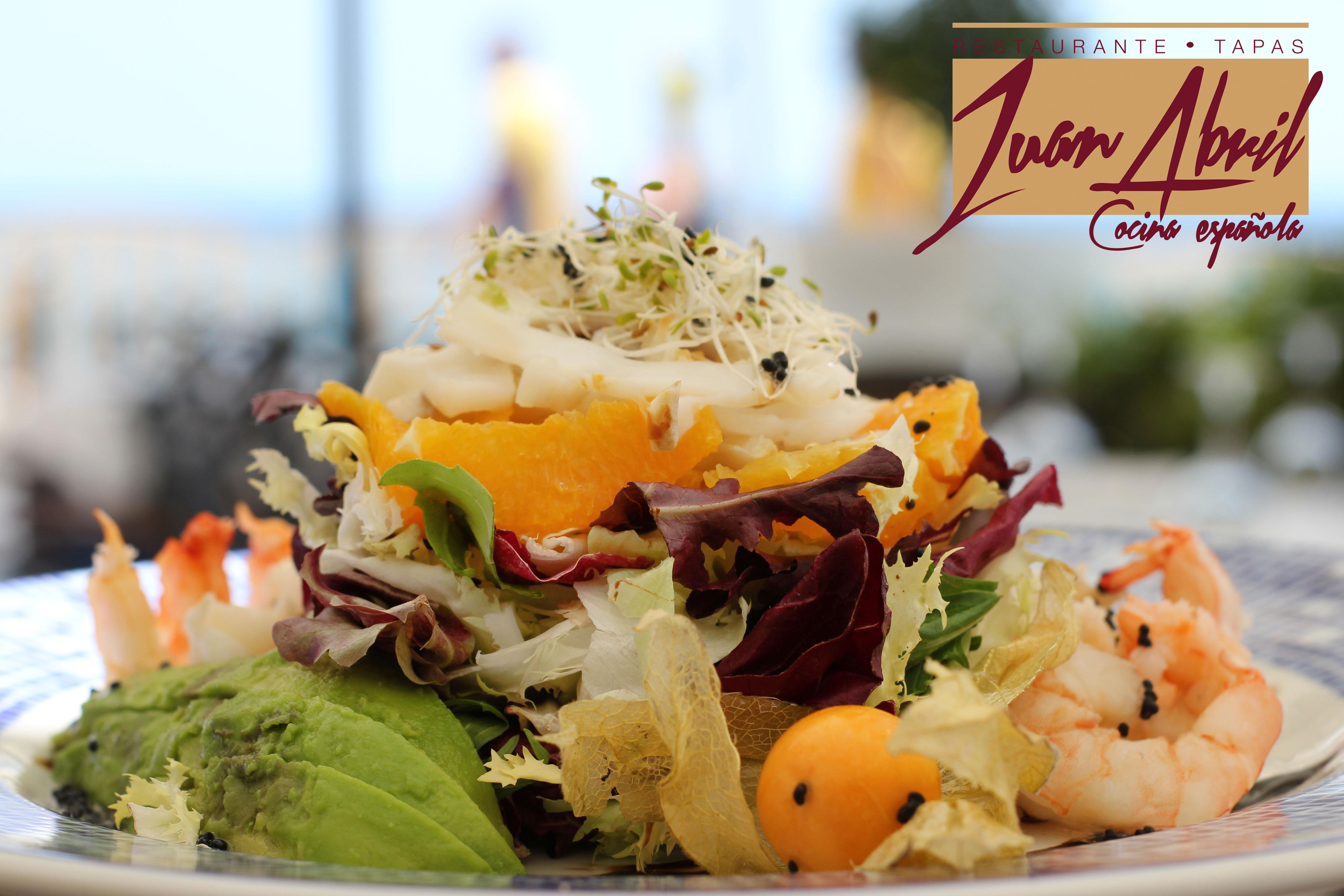 Ensaladas en Restaurante Juan Abril. De la playa a la mesa a comer